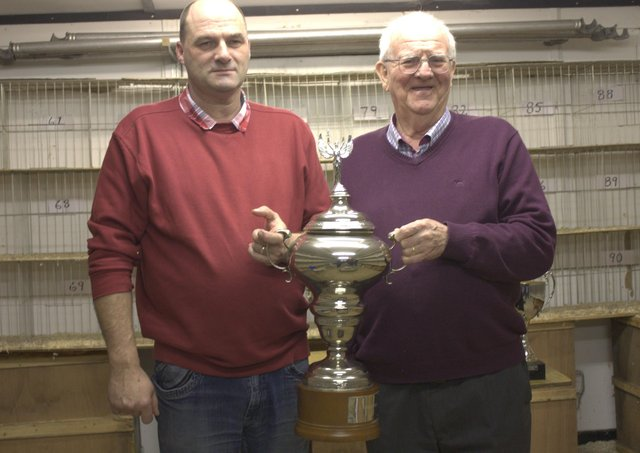 Jimmy Smyth (l) topped MAC from INFC Lamballe in 2019 and was best this year from NIPA St Malo, with Ahoghill Chairman Tom Young.