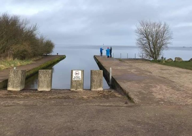 Call for a safe zone for swimmers on Lough Neagh.
