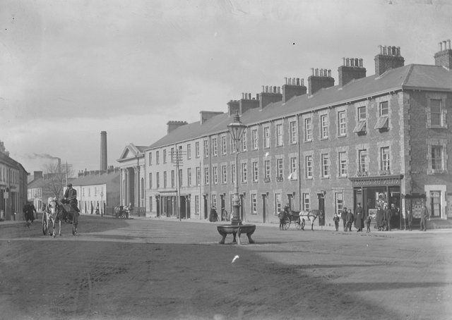 Bridge Street showing First Presbyterian Church, Portadown, Co Armagh. NLI Ref: EAS_0093. Picture: National Library of Ireland
