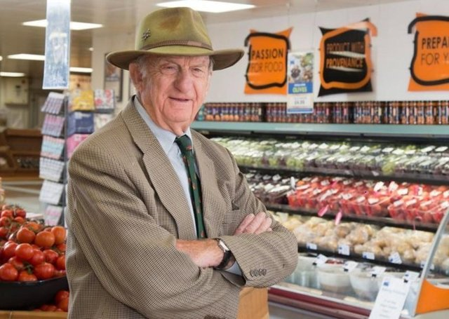 Alan Beckett of Becketts Farm, Wythall, Birmingham – Maybe service user and NFU Mutual customer